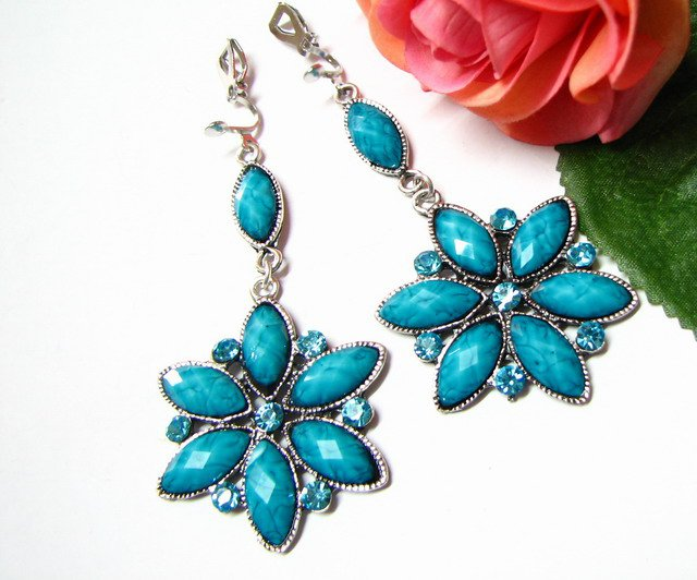 E1658 Blue Rhinestone Floral Exotic Clip On Earrings 7.5cm