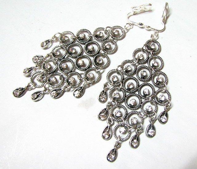 E1656 Charming White Rhinestone Clip On Earrings 9.5cm