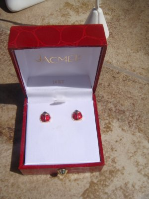 Vintage 14K Gold Lady Bug Pierced earrings