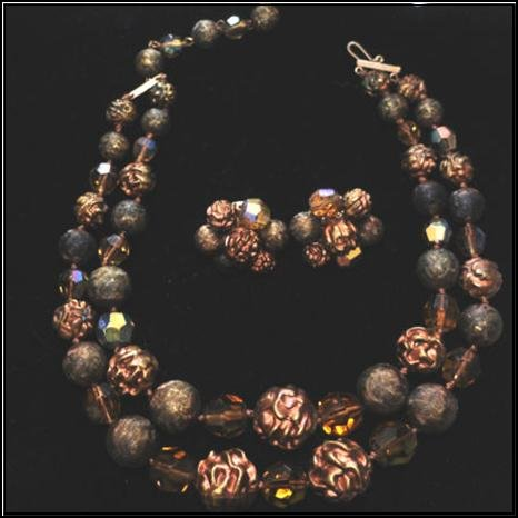 "Vintage Necklace & Earrings Set signed ""Vogue"""