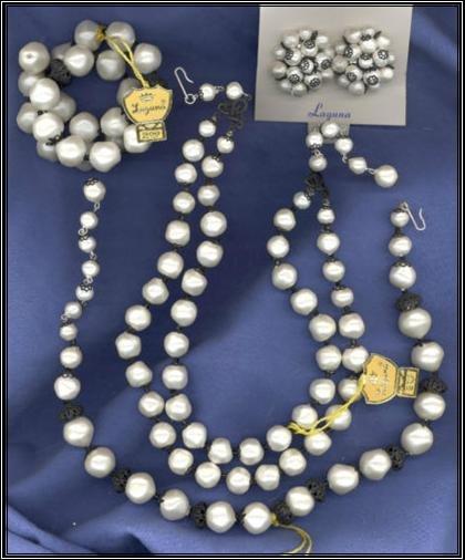 Rare Mint Vintage Laguna Full set plus extra necklace- with original tags - Book Piece