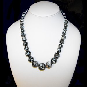 Mother Of Pearl Necklace (blk)