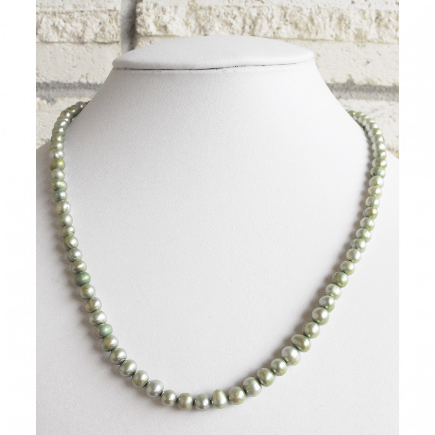 Green Freshwater Pearl Necklace