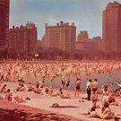 Chicago, Oak Street Beach Postcard (A465)