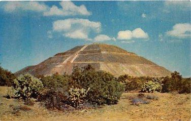 San Juan Teotihuacan, Mexico La Piramide Del Sol postcard (B104-105)