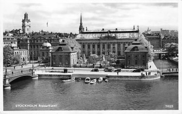 Stockholm, Sweden, Sverige Postcard -Riddarhuset (B332-333)