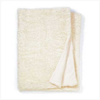 WHITE FULL SIZE FAUX-FUR BLANKET  Retail: $119.95