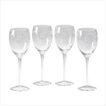 LAURA ASHLEY SOPHIA WINE GLASSES  Retail: $34.95