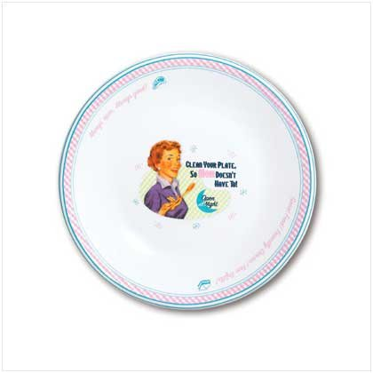 MOM'S KITCHEN SALAD PLATES  Retail: $29.95