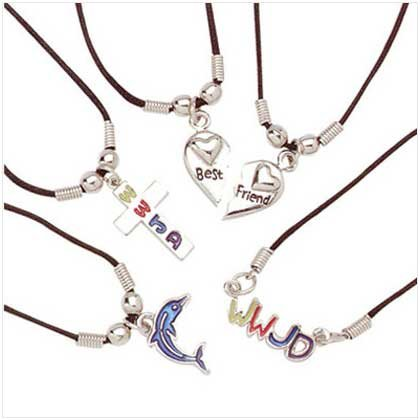 LOVE AND FAITH PENDANTS   15 PACK