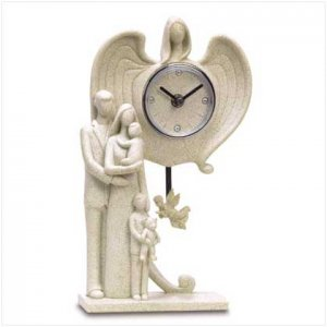FAMILY GUARDIAN ANGEL CLOCK   Retail: $39.95