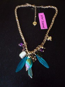 NWT Betsey Johnson Jungle Parrot Feather Chain Necklace
