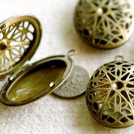 10pcs Antique Bronze Plated Oval Filigree Locket Charm Pendant b79b