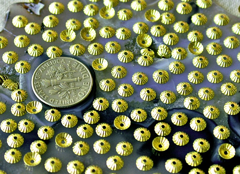 250pcs Solid Brass Stamping Filigree Bead Caps 4.5mm bc31