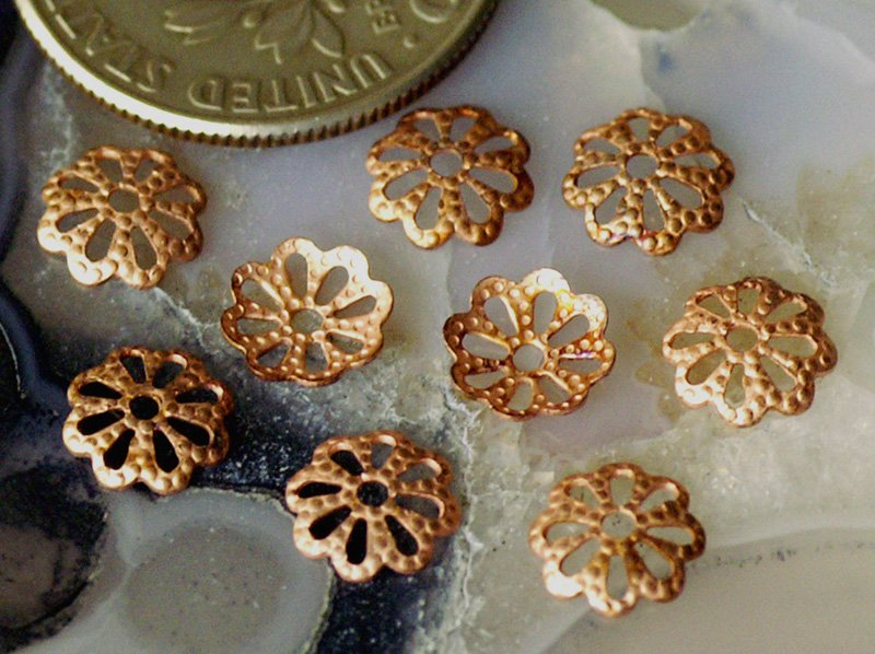 200pcs Antique Copper Plated Brass Stamping Filigree Bead Caps Flower Shaped 6mm bc34d