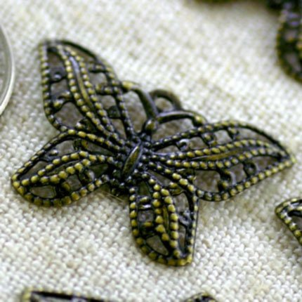 20pcs Antique Bronze Plated Brass Butterfly Filigree Wraps Pendant 22mm be28ab