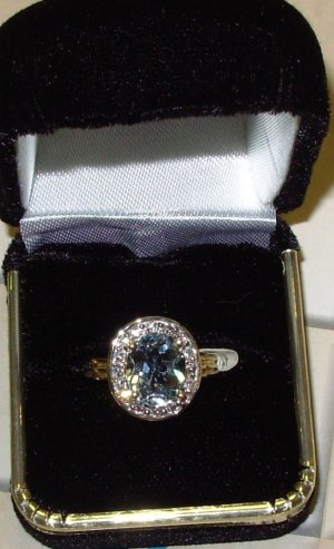 RING AQUAMARINE AND DIAMONDS SET IN 14K YELLOW GOLD NEW SIZE 6