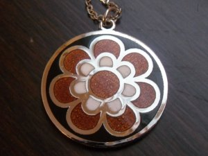 Modernist de Passille Sylvestre flower enamel necklace