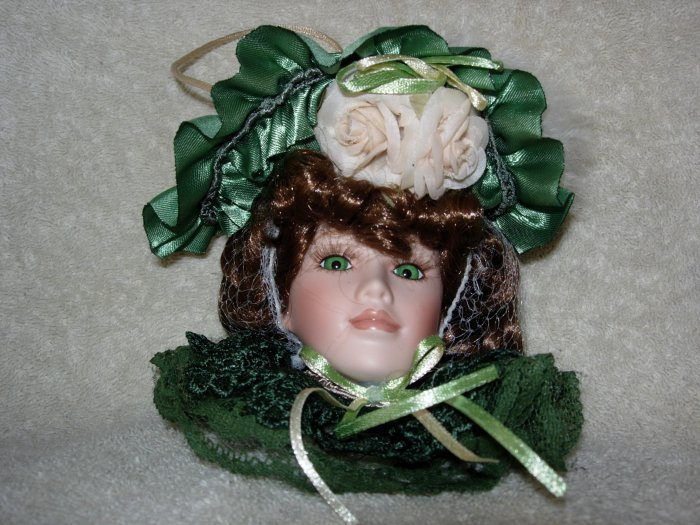 Irish Lady Head Ornament