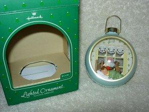 Hallmark Lighted Ornament ~ Santas Arrival 1984