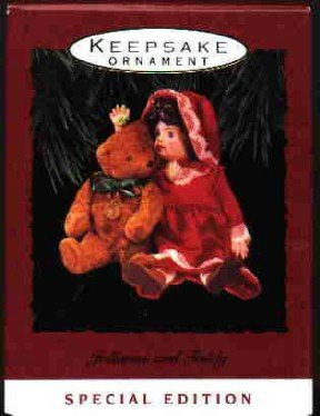 Hallmark Ornament ~ Julianne and Teddy 1993