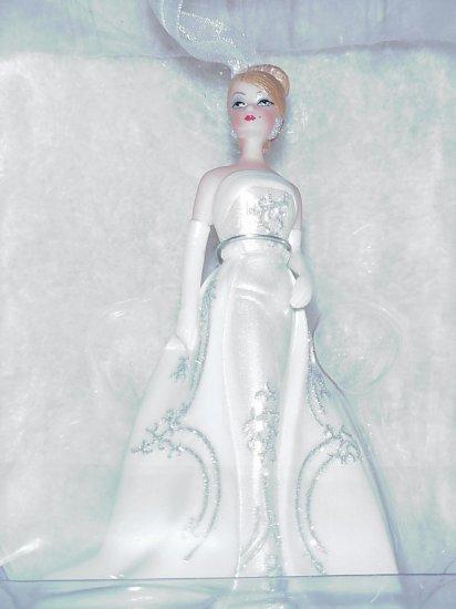 Hallmark Premiere Ornament ~ 2007 Joyeux Barbie ~ Limited Members Only Ornament