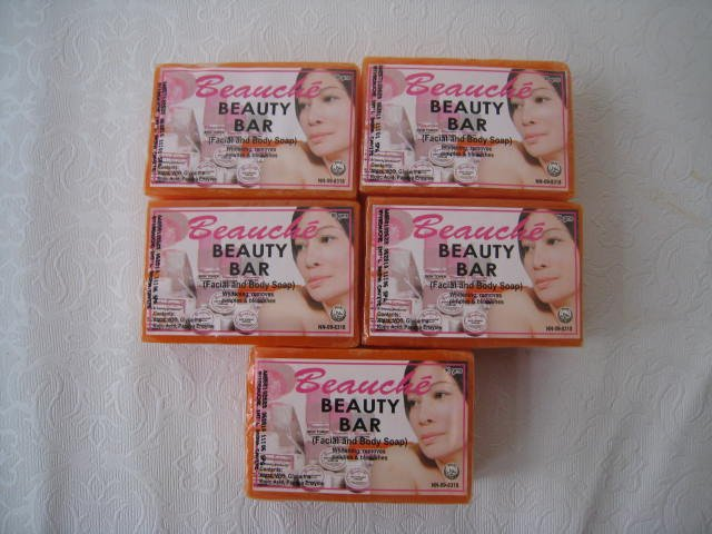 Lot of  Beauche Beauty Bar/Kojic/Papaya Soap