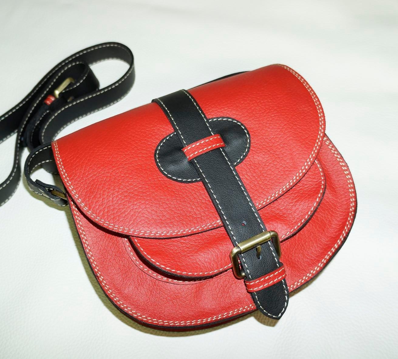 Two-toned Red & Black Leather Bag Messenger Shoulder Crossbody Bag Goldmann size S
