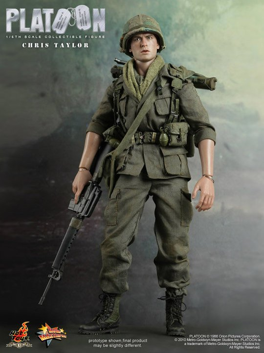 Hot Toys Platoon Chris Taylor 1/6 Collectible Figure