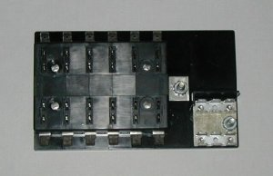 12 Fuse Panel WITH Grounds - uses ATO/ATC Fuses