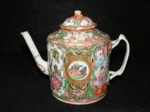 Chinese Export Rose Medallion Teapot