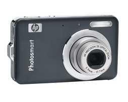 HP Photosmart R742 7-Megapixel Digital Camera - Black