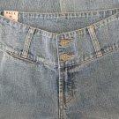 Buckle Brand Jeans Denims BKLE Capri Sz 26 BKE 61