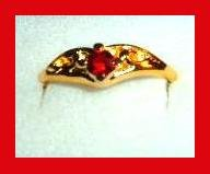 Sparkling Round Red RUBY CZ & Crater Design Gold Tone Ring