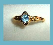 Beautiful Round Cut London Blue Topaz CZ & Leaf Vine Design Gold Tone Ring