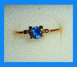 Amazing Round Cut Blue SAPPHIRE Solitaire CZ Gold Tone Ring