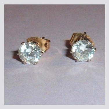 Round White Cubic Zirconia 10K Yellow Gold Stud Earrings