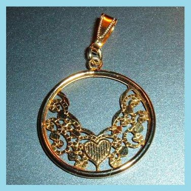 Round Hearts & Vines Design 10kt Yellow Gold Pendant