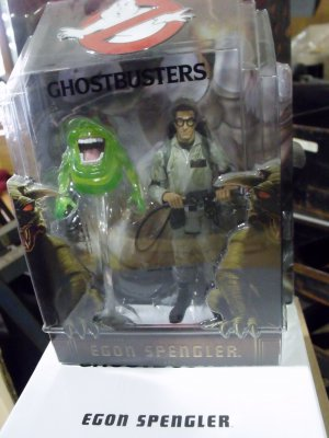 Egon Spengler w/ Slimer, Ghostbusters by Mattycollector
