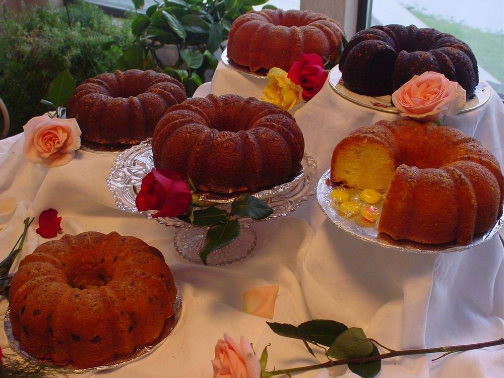 20 Rum Cake Recipes eBook - Delicious