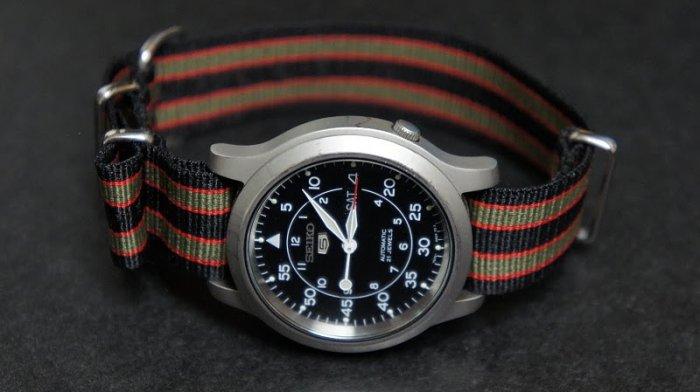 Black Olive and Red Stripe 22mm James Bond Nato Nylon Watch Strap