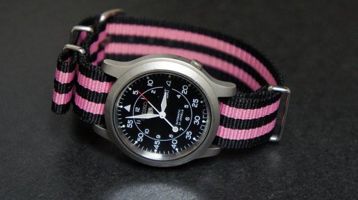 Black and Pink Stripe 22mm James Bond Nato Nylon Watch Strap