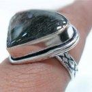 5.34gms Handcrafted Labradorite gemstone Silver Ring