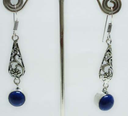 5.83 gm Stunning gemstone silver Designer lapis Earring