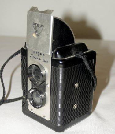 Vintage Argus Seventy-Five Camera w/Argus 75mm Lumar Lens 620 film