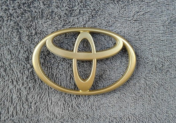 OEM Toyota Body/Dash/Trunk Emblem GOLD Color. 10cm