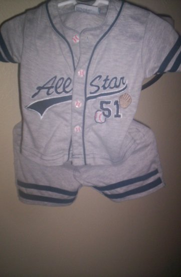 Baby Paris 2 piece Short set  Grey Baseball themed Gently worn 12 months