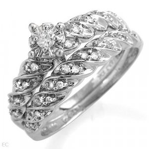 10K Engagement Ring Set in 10K White Gold