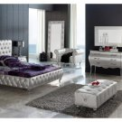 Lorena Modern Bedroom Set in Silver - King Size