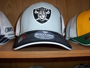 Oakland Raiders Player Pre Season Flex Rear Mesh Cap